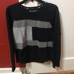 Color block light sweatshirt